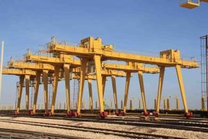 gantry cranes manufacturer